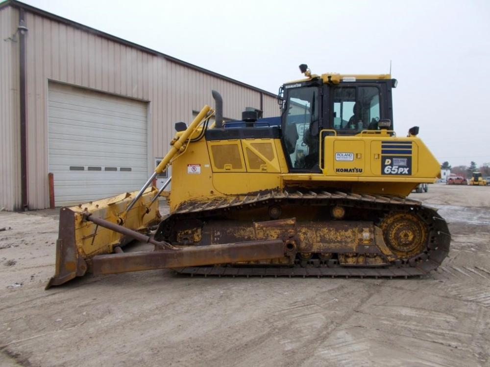 Detail photo of 2016 Komatsu D65PX-18 from Construction Equipment Guide