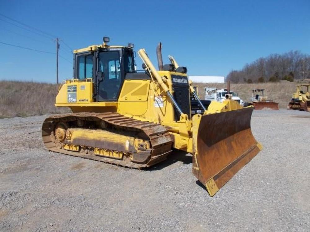 Detail photo of 2012 Komatsu D65PX-17 from Construction Equipment Guide