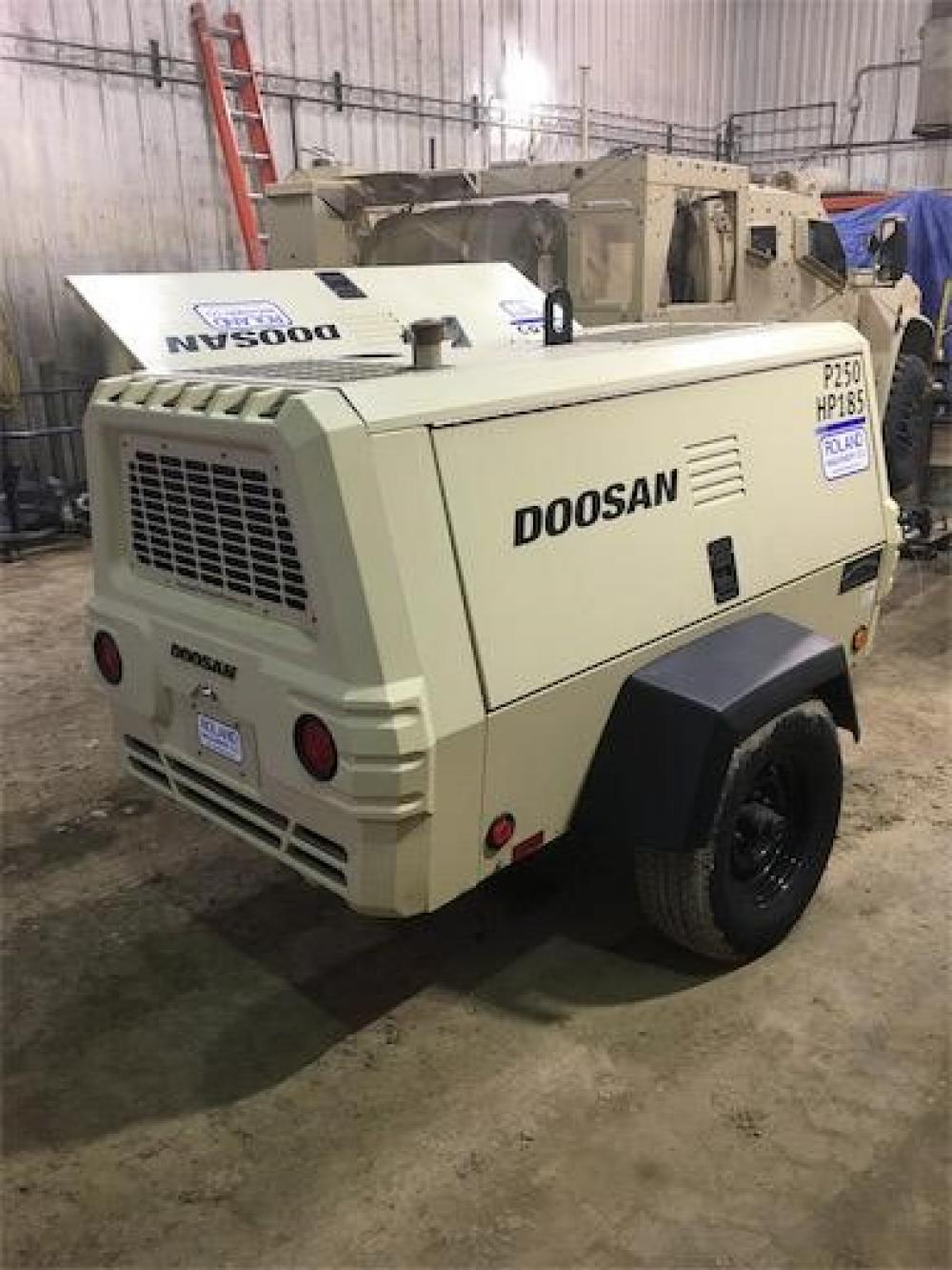 Detail photo of 2015 Doosan Portable Power P250/HP185WDZ-T4F from Construction Equipment Guide