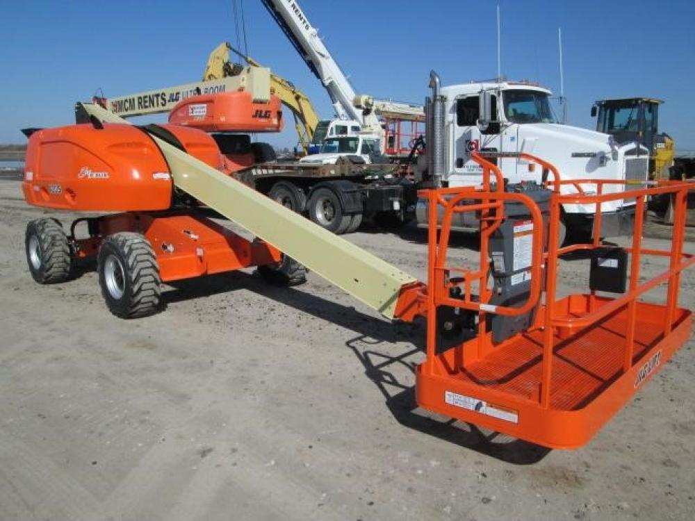 Detail photo of 2013 JLG 400S from Construction Equipment Guide