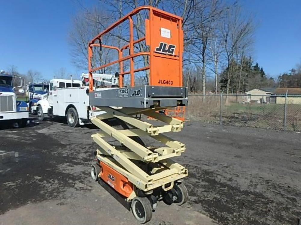 Detail photo of 2014 JLG 1930 ES from Construction Equipment Guide