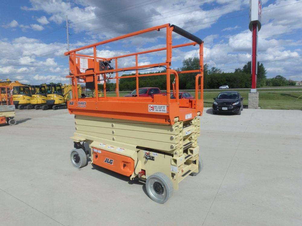 Detail photo of 2016 JLG 2646ES from Construction Equipment Guide