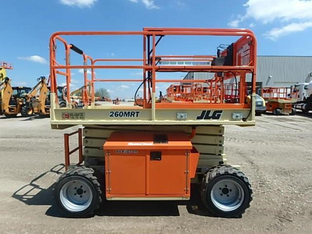 Detail photo of 2017 JLG 260MRT from Construction Equipment Guide