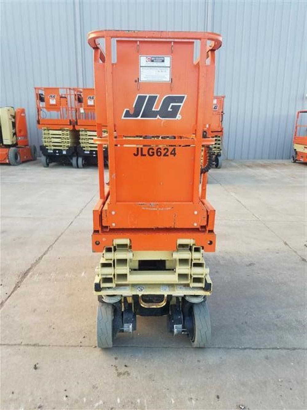 Detail photo of 2017 JLG 1930ES from Construction Equipment Guide
