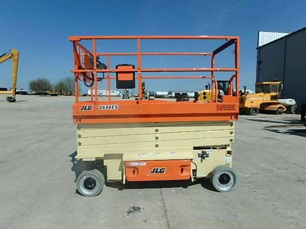 Detail photo of 2017 JLG 2646ES from Construction Equipment Guide