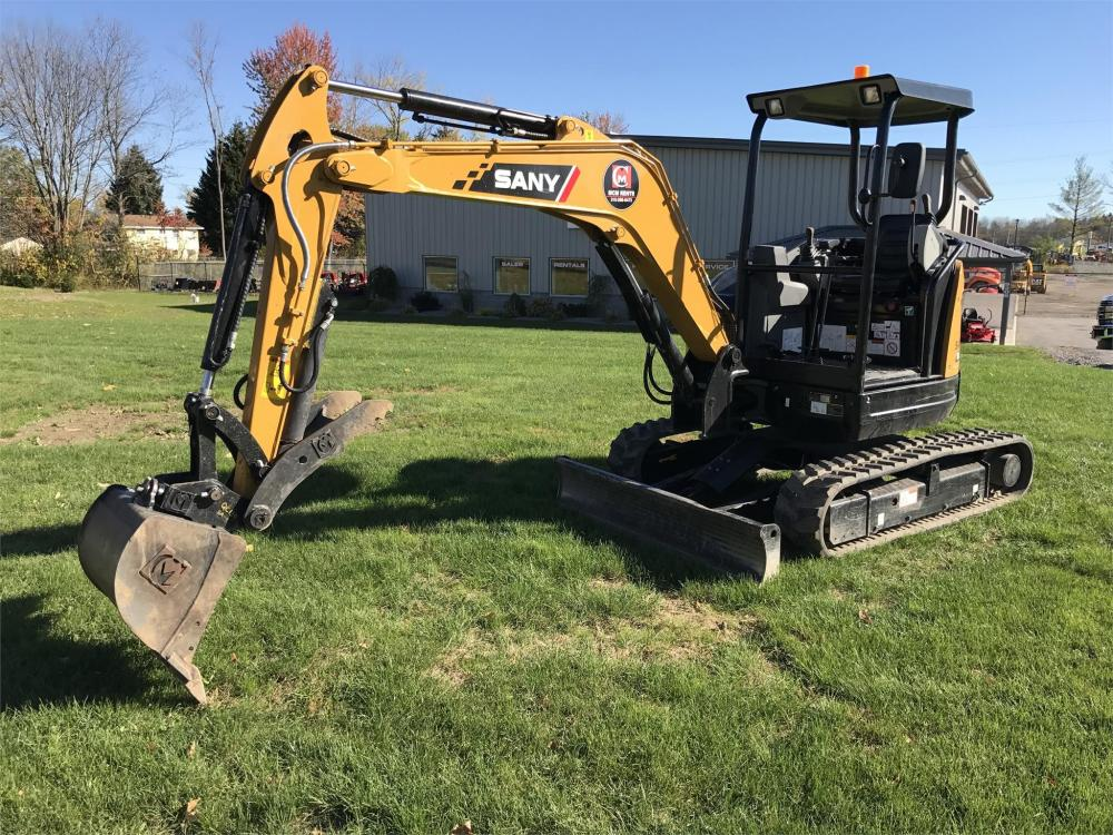 Detail photo of 2017 Sany SY35U from Construction Equipment Guide