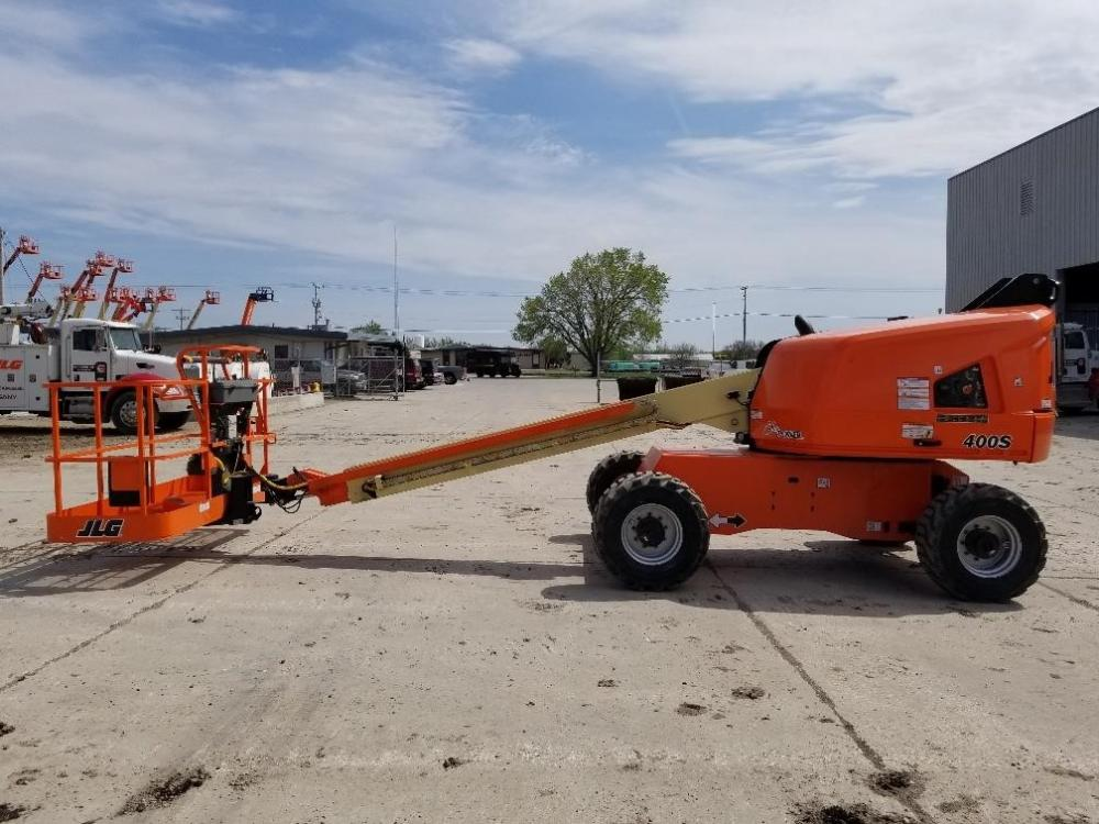 Detail photo of 2018 JLG 400S from Construction Equipment Guide