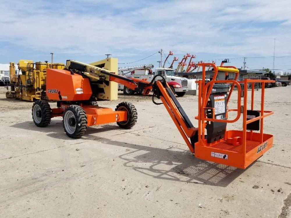 Detail photo of 2018 JLG 340AJ from Construction Equipment Guide