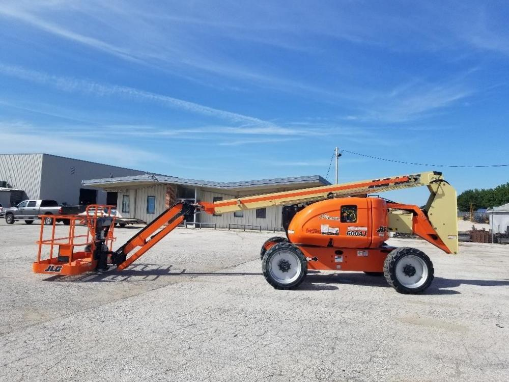 Detail photo of 2018 JLG 600AJ from Construction Equipment Guide