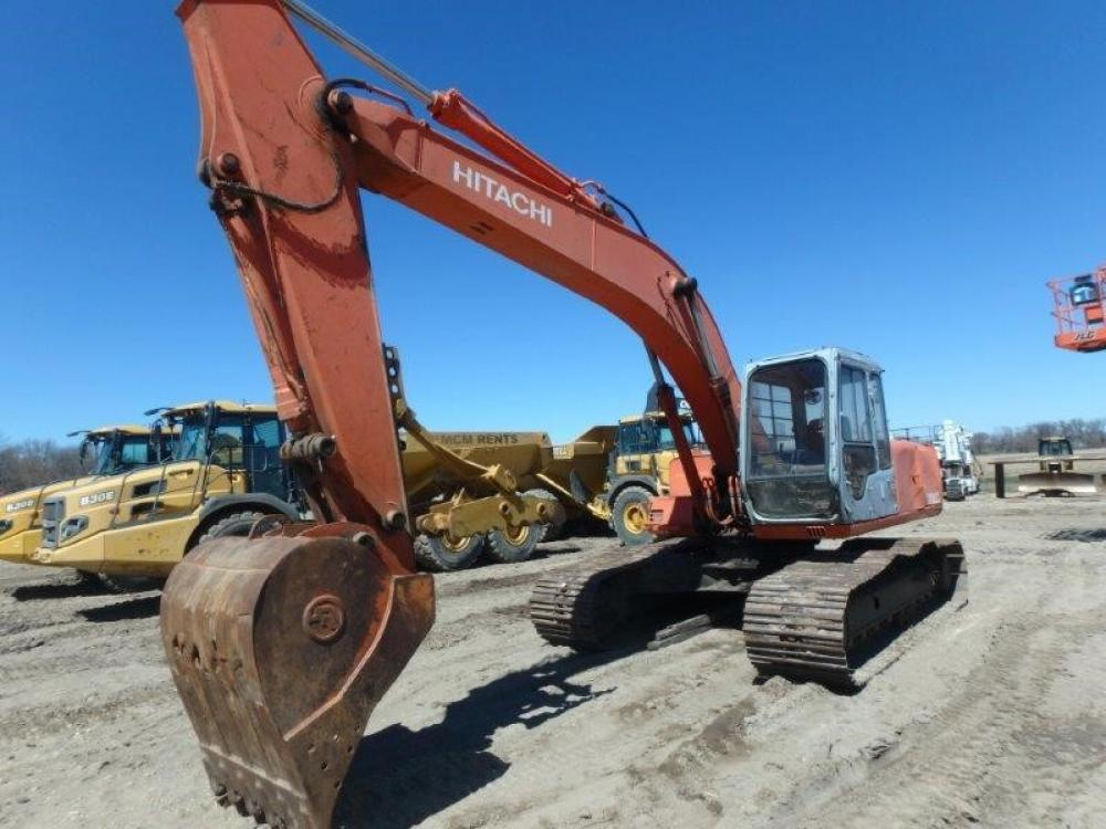 Detail photo of 1996 Hitachi EX200LC-2 from Construction Equipment Guide