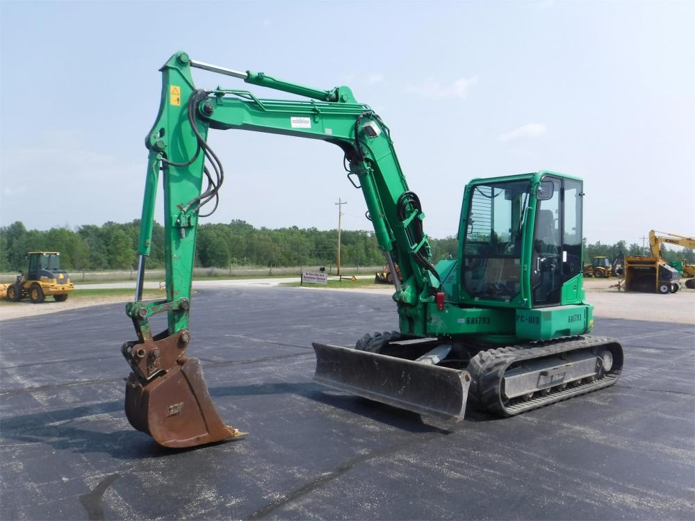 Detail photo of 2014 Takeuchi TB280FR from Construction Equipment Guide
