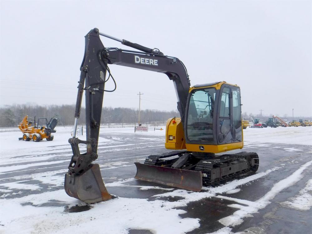 Detail photo of 2012 John Deere 75D from Construction Equipment Guide