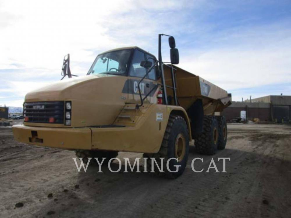 Detail photo of 2011 Caterpillar 740 from Construction Equipment Guide