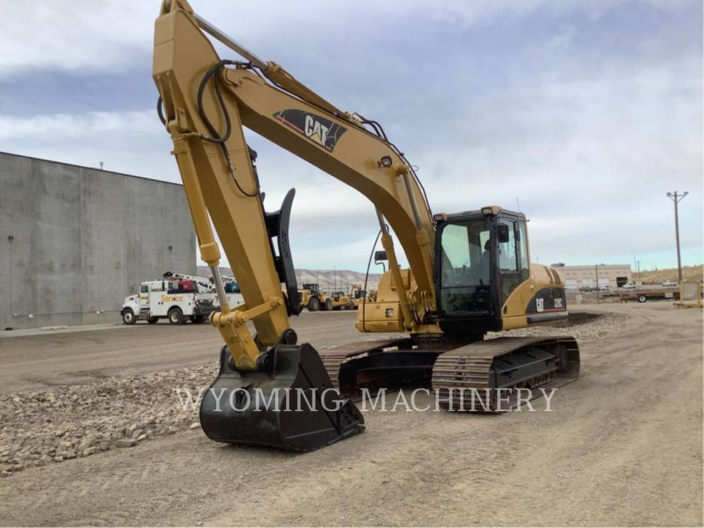 Detail photo of 2007 Caterpillar 320CL from Construction Equipment Guide
