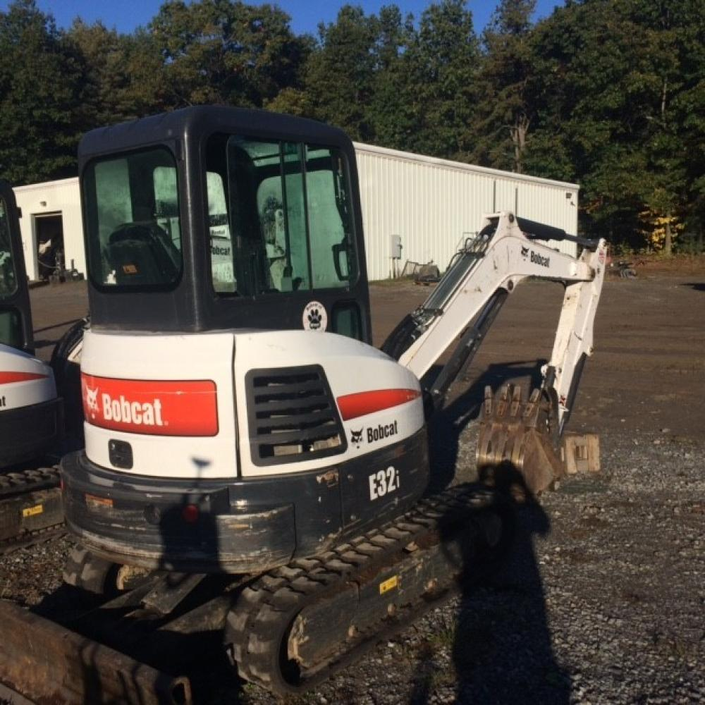 Detail photo of 2016 Bobcat E32I from Construction Equipment Guide