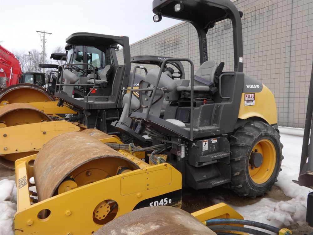 Detail photo of 2012 Volvo SD45D from Construction Equipment Guide