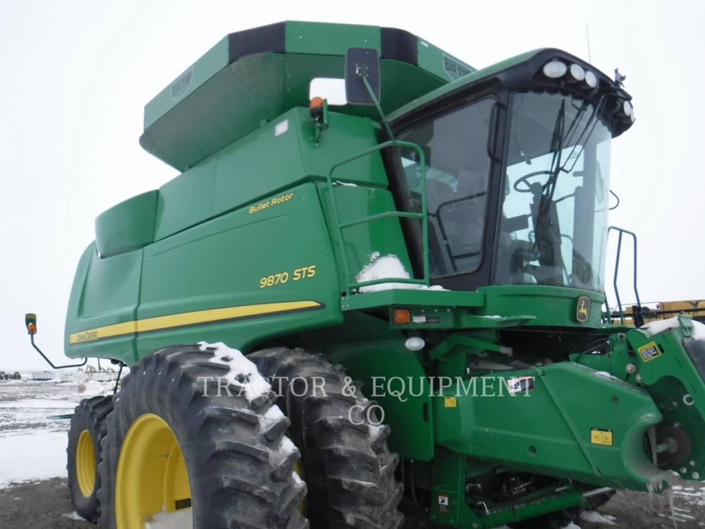 Detail photo of 2011 John Deere 9870 from Construction Equipment Guide