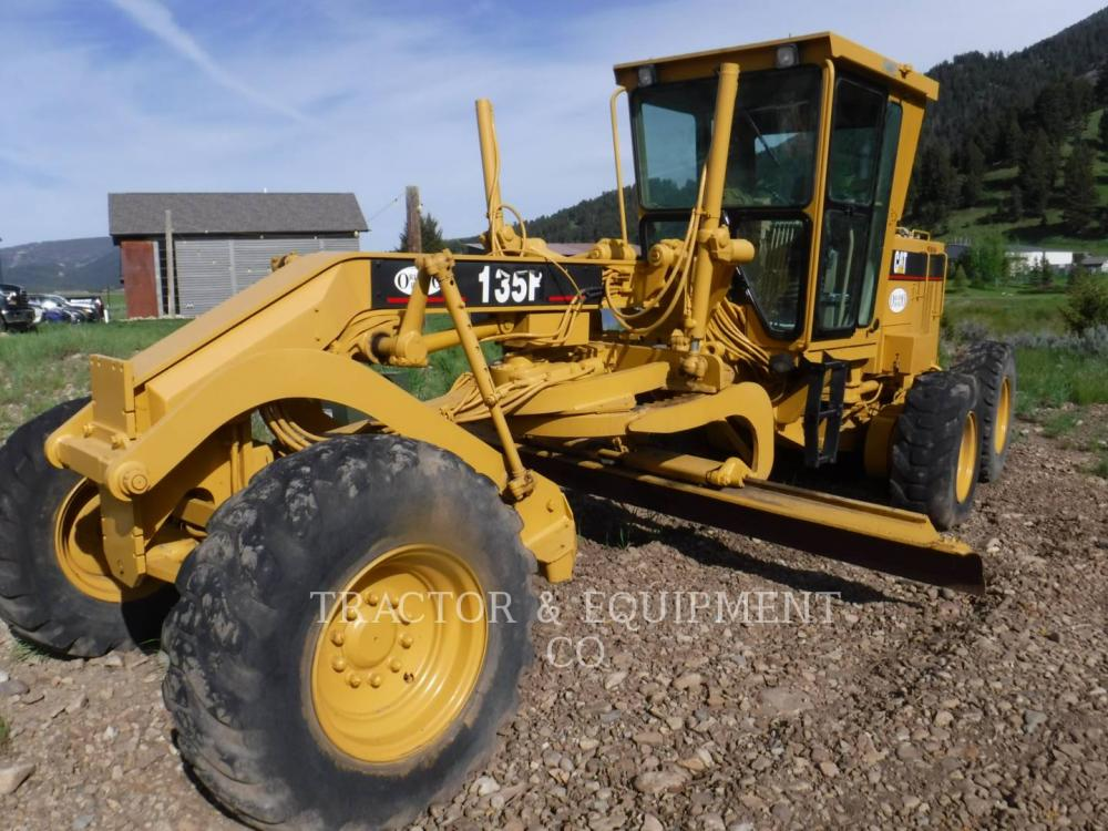 Detail photo of 1998 Caterpillar 135H from Construction Equipment Guide