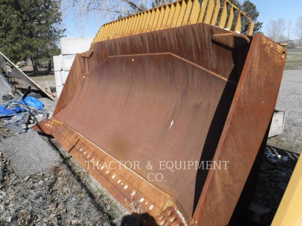 Detail photo of  Caterpillar D9 BLADE from Construction Equipment Guide