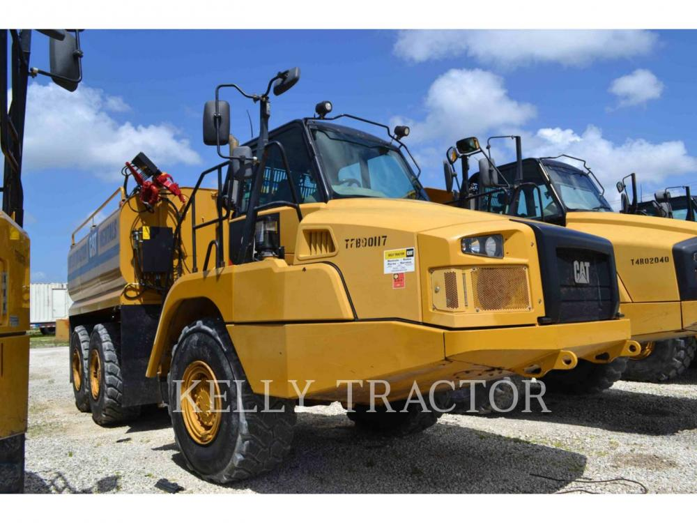 Detail photo of 2014 Caterpillar 725C from Construction Equipment Guide