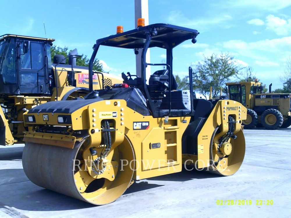 Detail photo of 2017 Caterpillar CB10 from Construction Equipment Guide