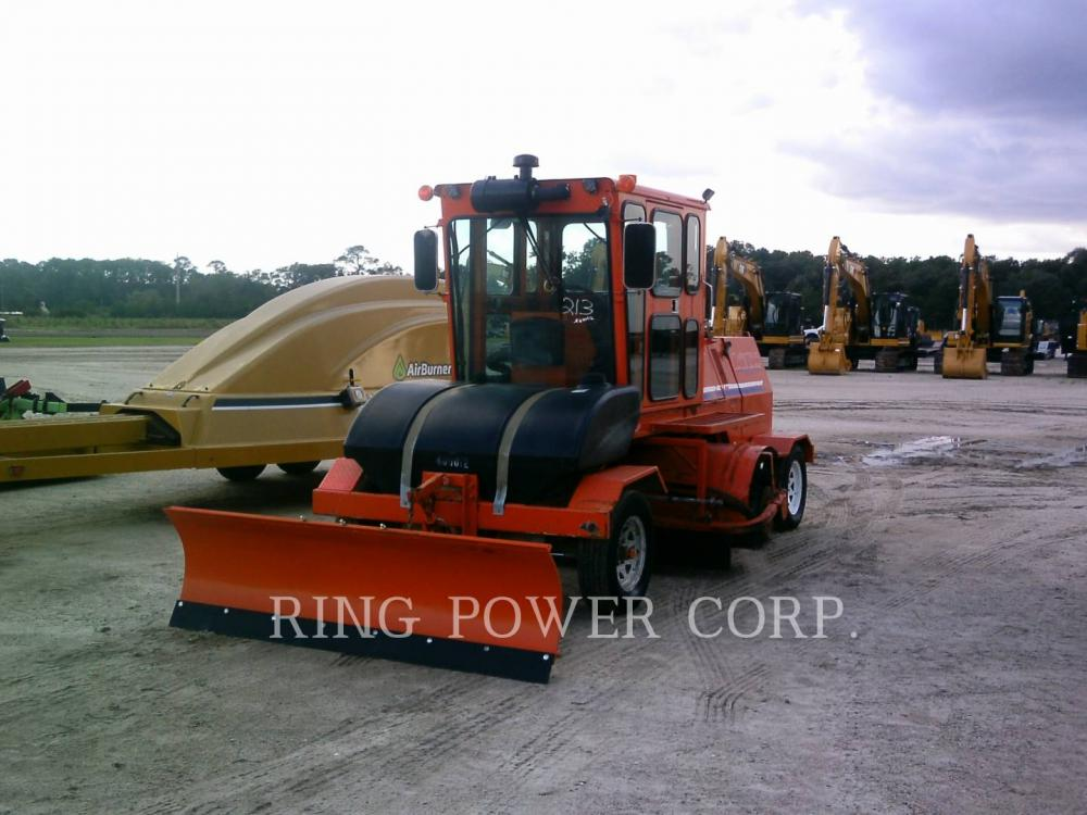 Detail photo of 2016 Broce Broom CRT-350 from Construction Equipment Guide