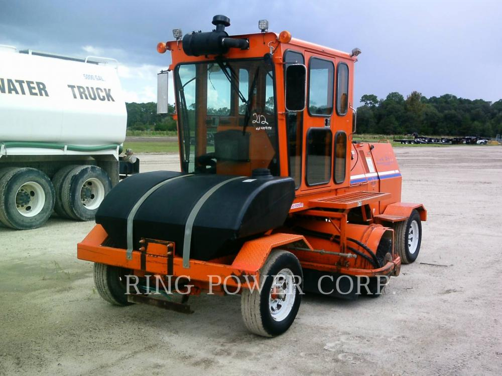 Detail photo of 2015 Broce Broom CR-350 from Construction Equipment Guide