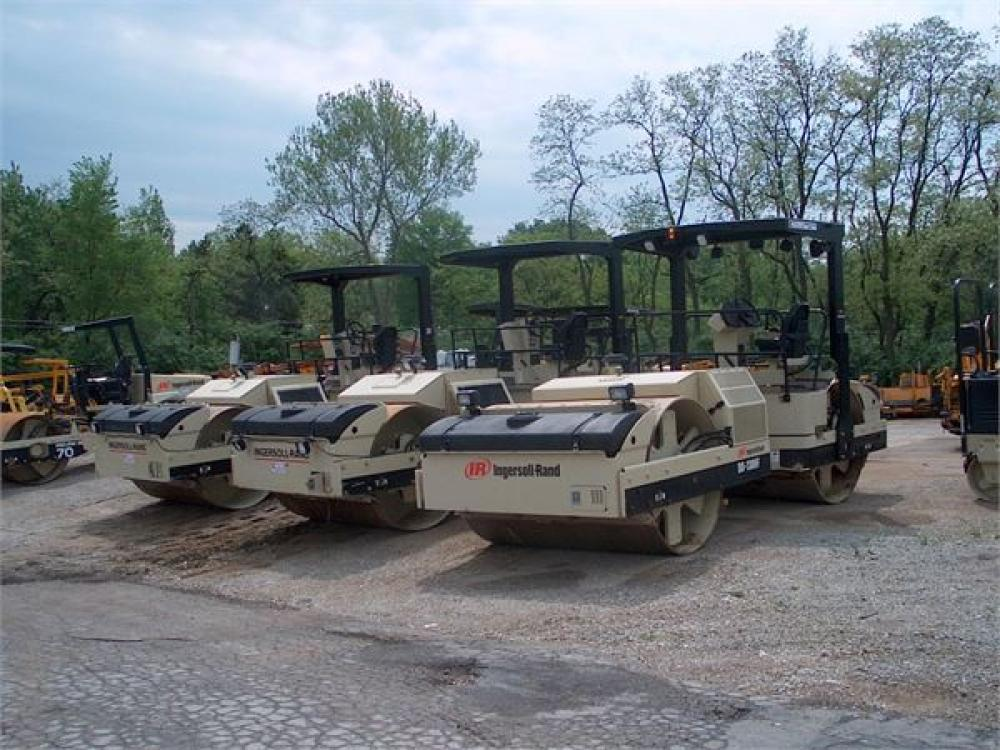 Detail photo of 2006 Ingersoll Rand DD118HF from Construction Equipment Guide