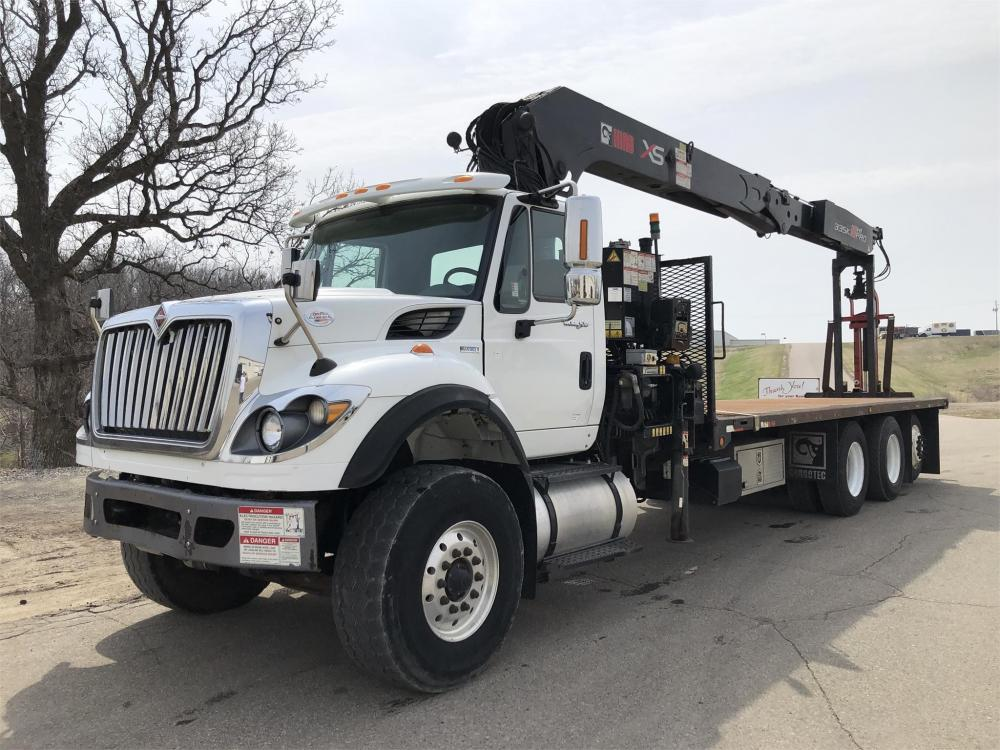 Detail photo of 2011 International WORKSTAR 7600 from Construction Equipment Guide
