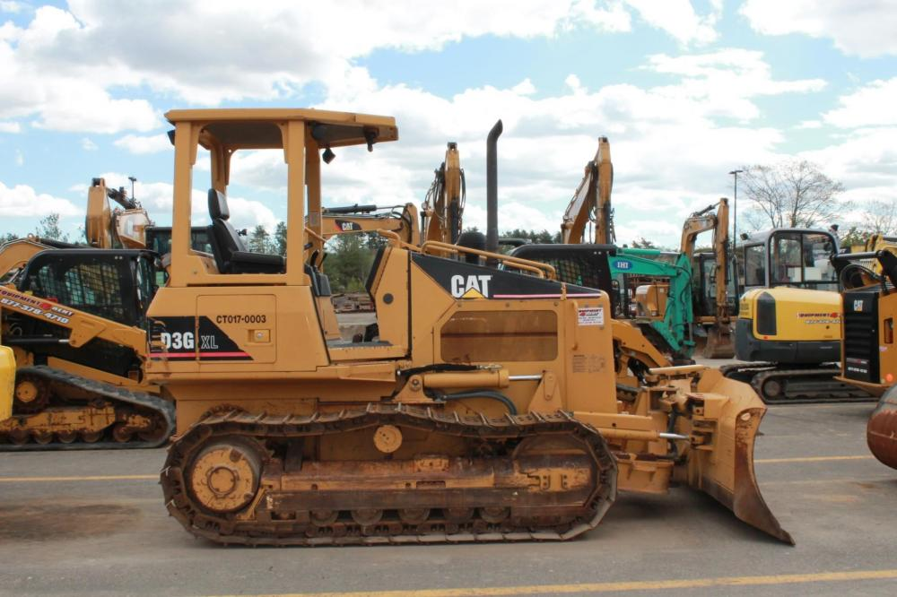 Detail photo of 2006 Caterpillar D3G from Construction Equipment Guide