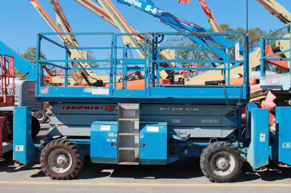 Detail photo of 2004 Genie GS-3384 RT from Construction Equipment Guide
