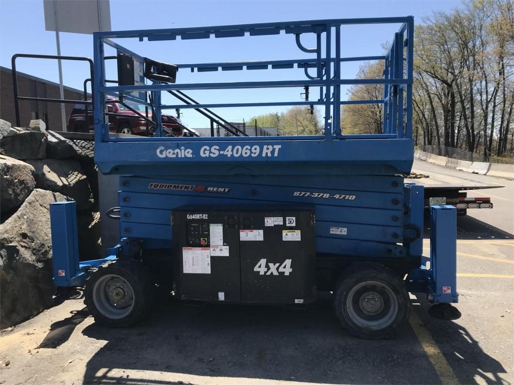 Detail photo of 2014 Genie GS-4069 RT from Construction Equipment Guide