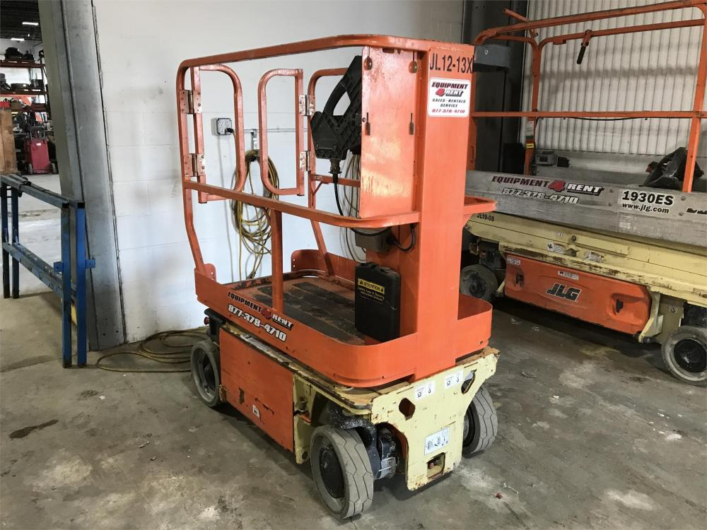 Detail photo of 2008 JLG 1230ES from Construction Equipment Guide