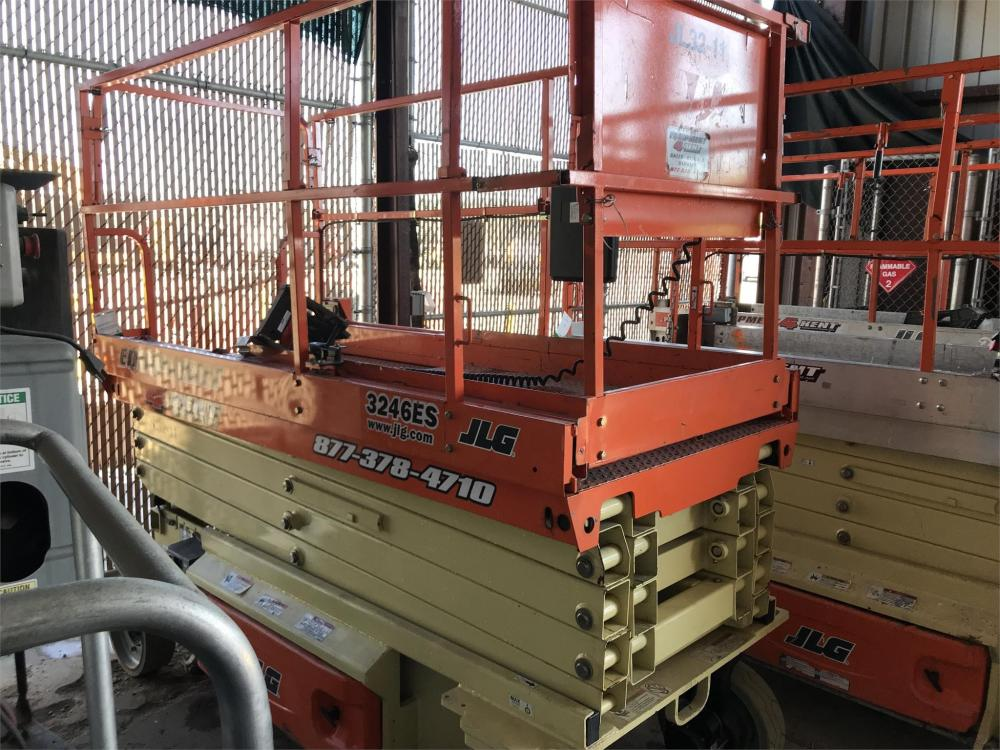 Detail photo of 2016 JLG 3246ES from Construction Equipment Guide