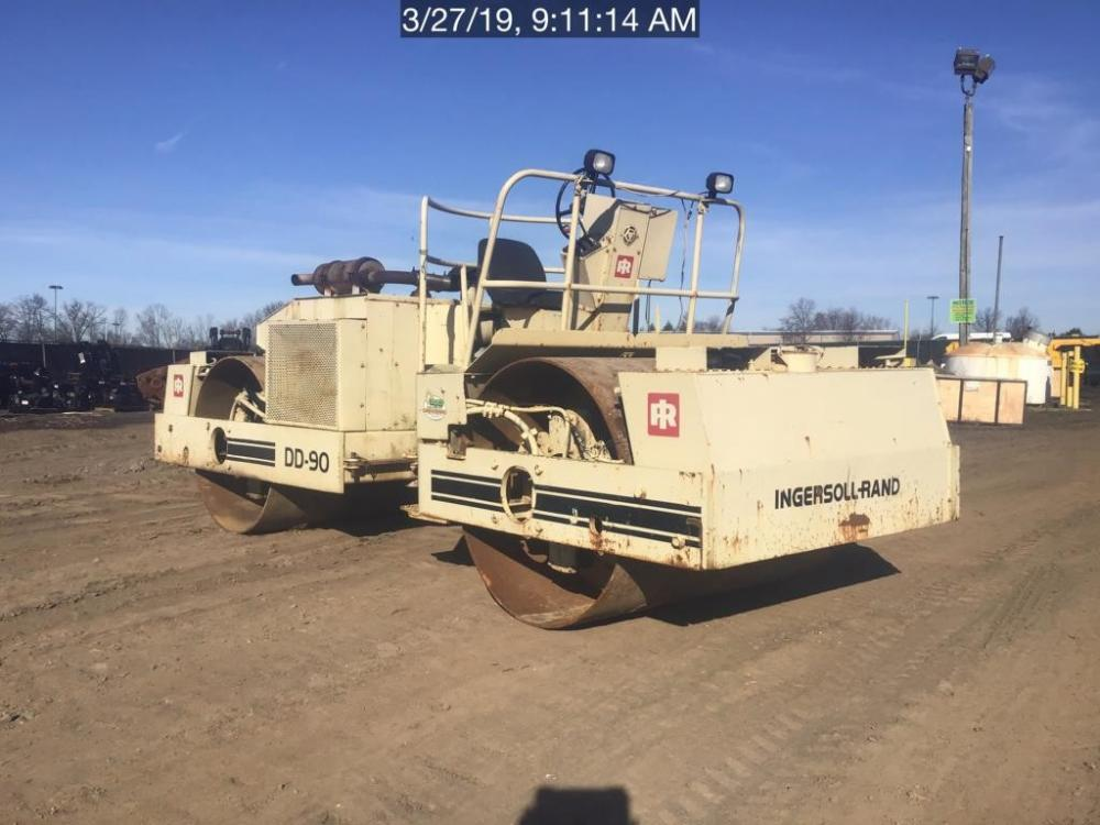 Detail photo of 1988 Ingersoll Rand DD90 from Construction Equipment Guide