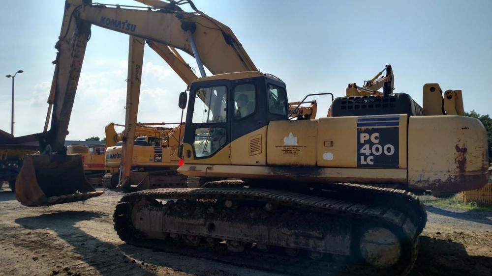 Detail photo of 2004 Komatsu PC400LC-7 from Construction Equipment Guide