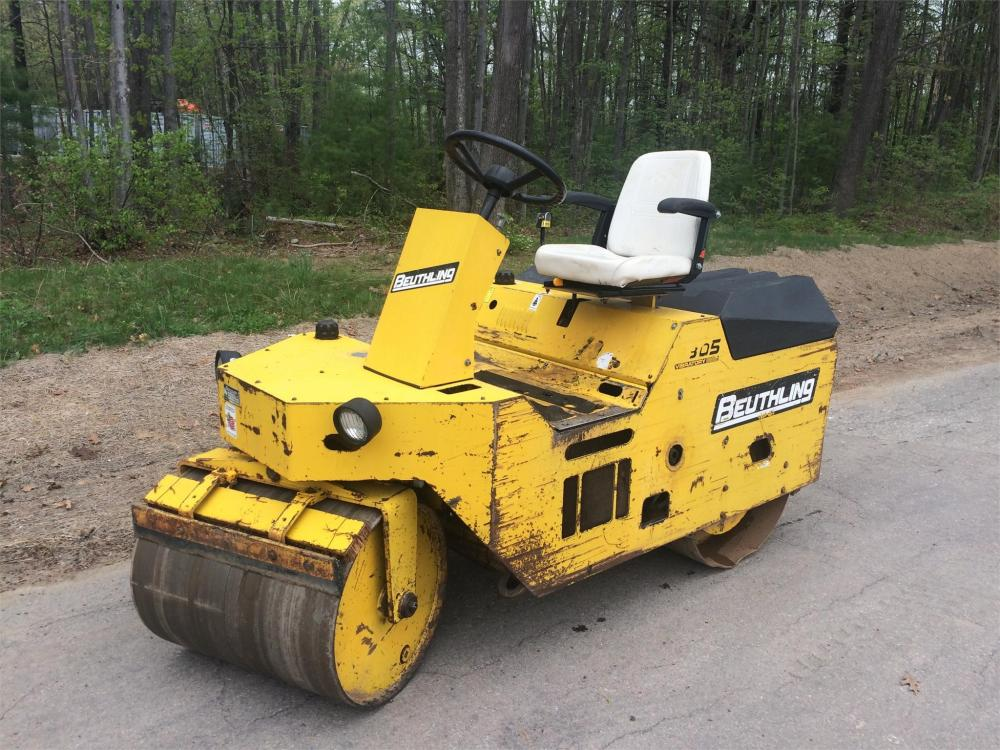 Detail photo of 2011 Beuthling B305 from Construction Equipment Guide