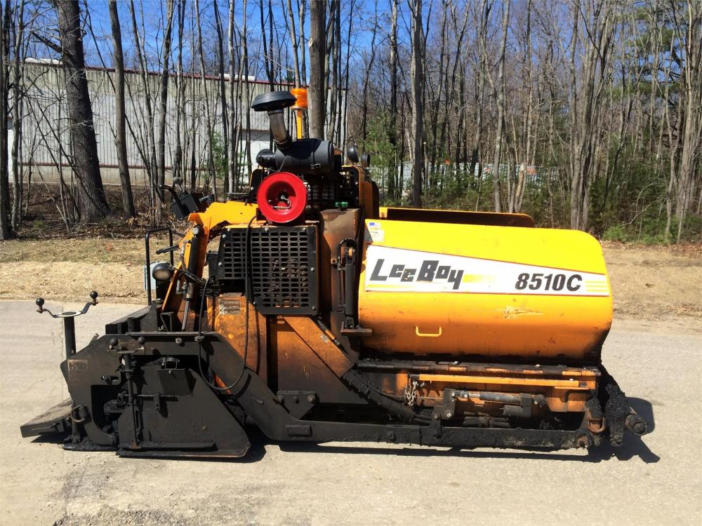 Detail photo of 2013 LeeBoy 8510C from Construction Equipment Guide
