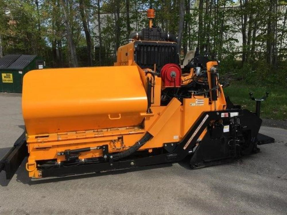 Detail photo of 2016 LeeBoy 8510C from Construction Equipment Guide