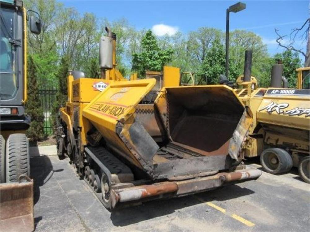 Detail photo of 2001 Blaw Knox PF4410 from Construction Equipment Guide