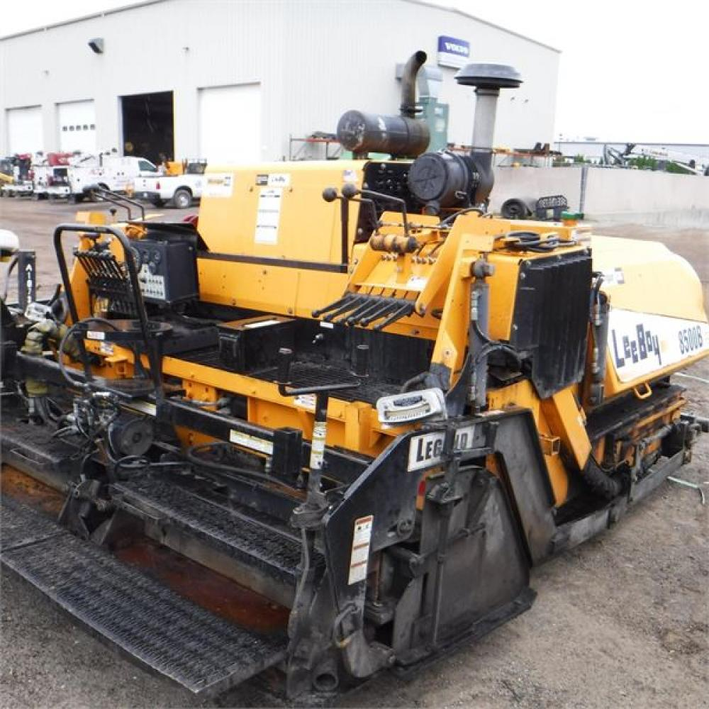 Detail photo of 2012 LeeBoy 8500B from Construction Equipment Guide