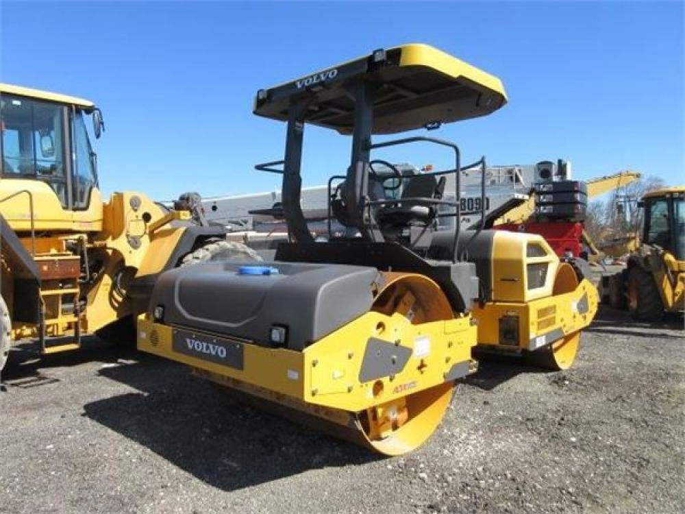Detail photo of 2014 Volvo DD120B from Construction Equipment Guide