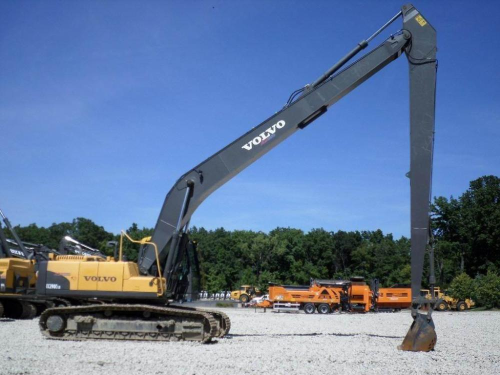Detail photo of 2011 Volvo EC290CLR from Construction Equipment Guide