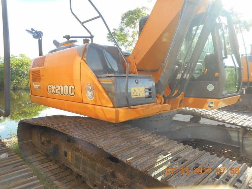 Detail photo of 2015 Case CX210C from Construction Equipment Guide