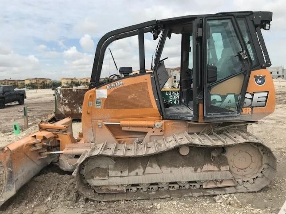 Detail photo of 2016 Case 650L WT from Construction Equipment Guide