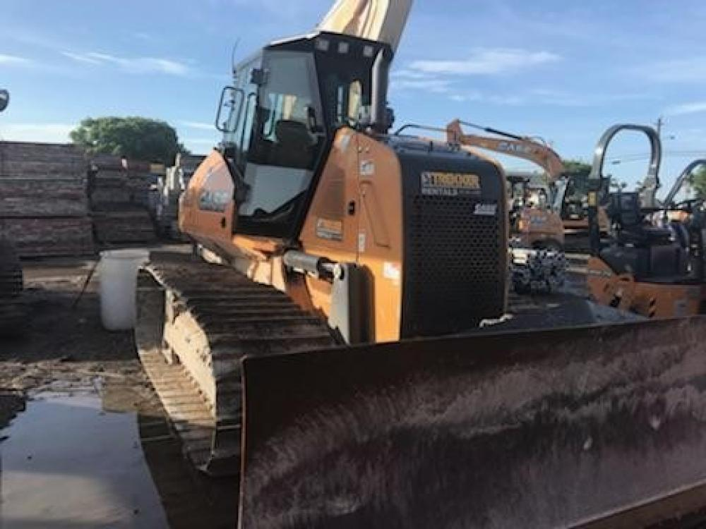 Detail photo of 2015 Case 1150M from Construction Equipment Guide