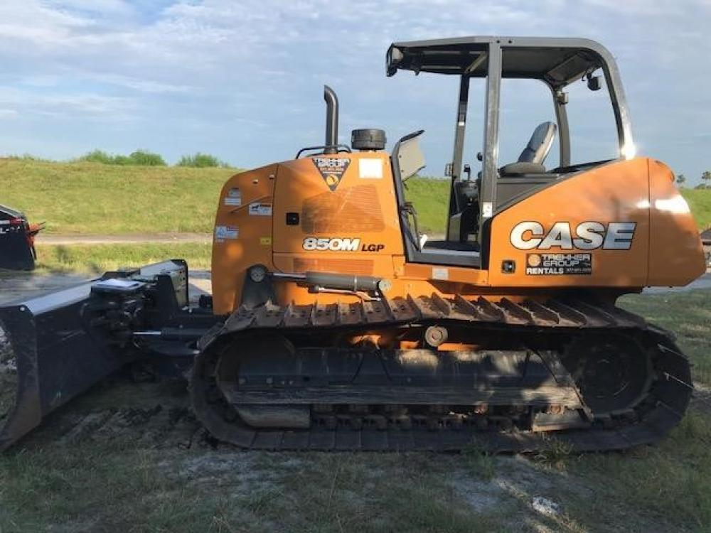 Detail photo of 2018 Case 850M LGP from Construction Equipment Guide