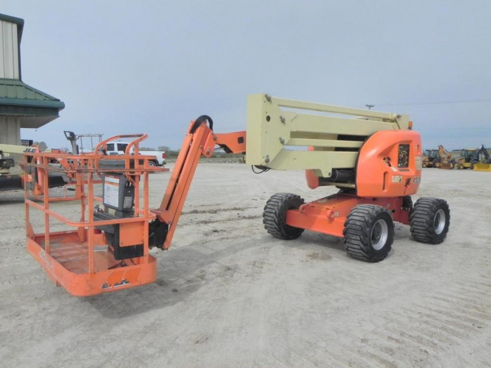 Detail photo of 2011 JLG 450AJ from Construction Equipment Guide