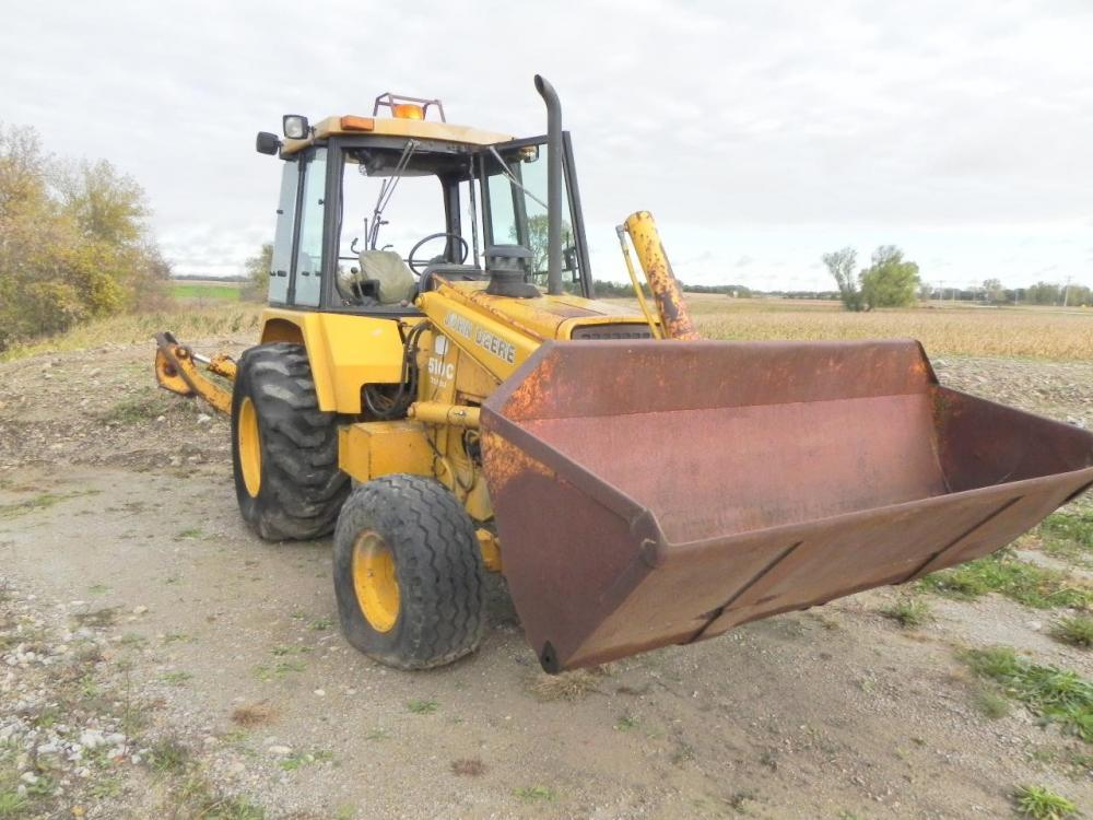 Detail photo of 1986 John Deere 510C from Construction Equipment Guide