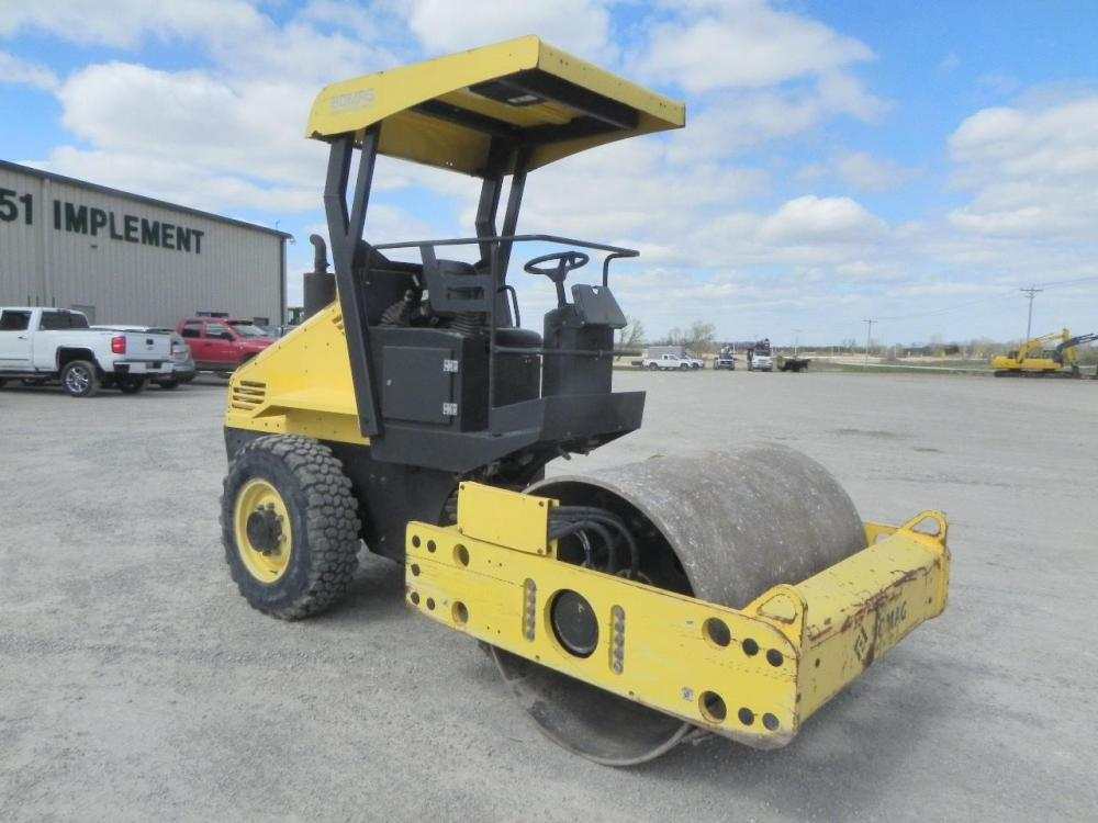 Detail photo of 2014 Bomag BW 145 D-40 from Construction Equipment Guide